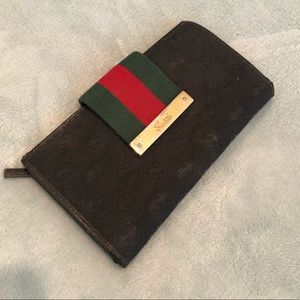 Authentic, vintage Gucci wallet